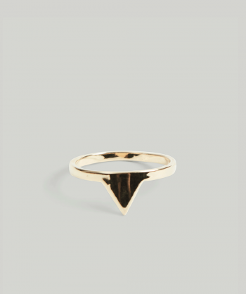 atelierdunoir-triangle-gold-ring
